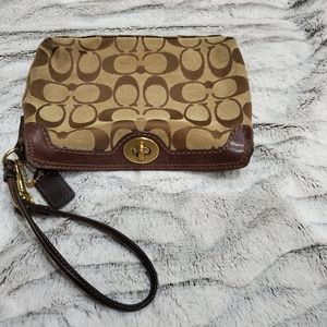 COACH JACQUARD AND BROWN LEATHER WRISLET